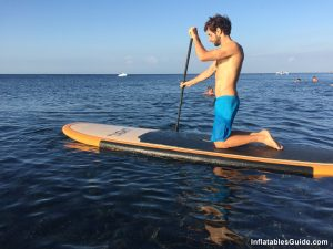 SUP beginners: your first strokes on your standup paddle board